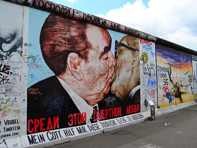 East Side Gallery berlinska zed berlin