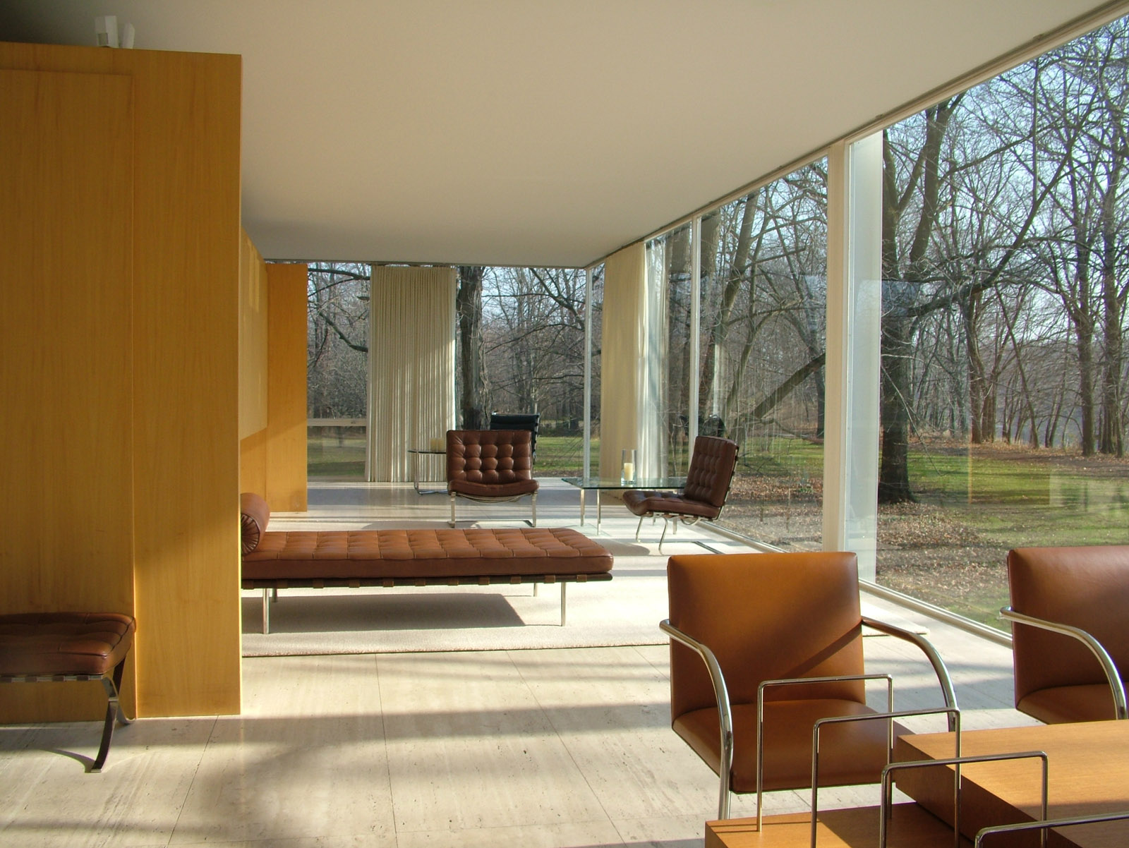 philobiodesign mies van der rohe farnsworth house. Black Bedroom Furniture Sets. Home Design Ideas