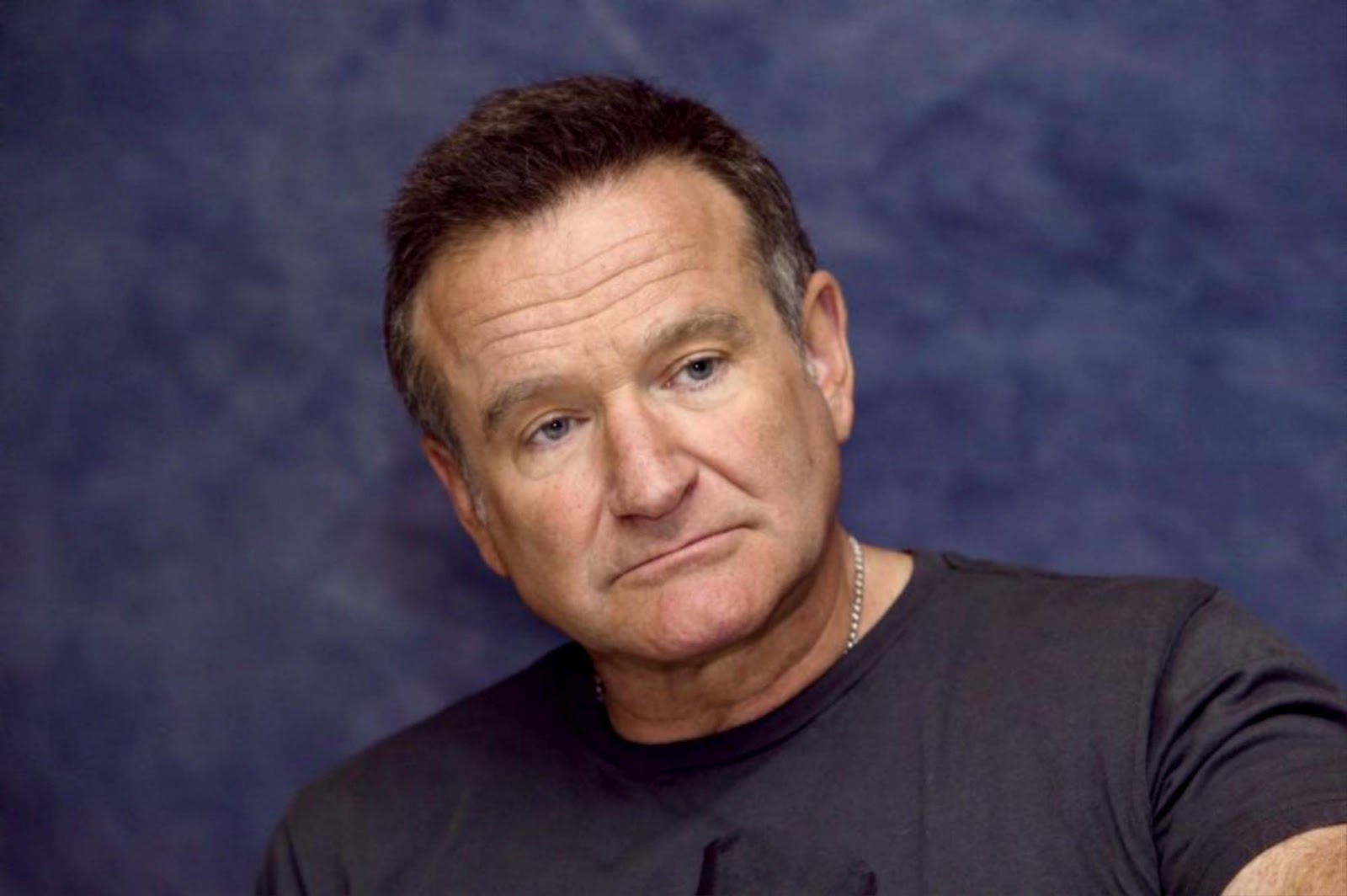 http://2.bp.blogspot.com/-3Vbqt7Kabys/T7fJWdbF_zI/AAAAAAAAWRo/dt8fHpl0qS0/s1600/Robin-Williams-robin-williams-23183012-2000-1330.jpg