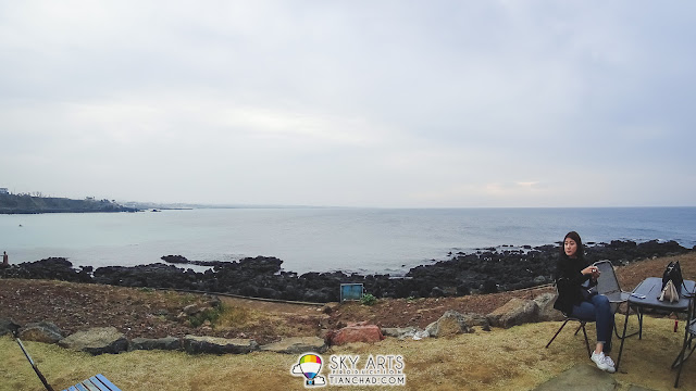 Monsant Cafe몽상 @ Jeju Island - You may enjoy the sea view outdoor too