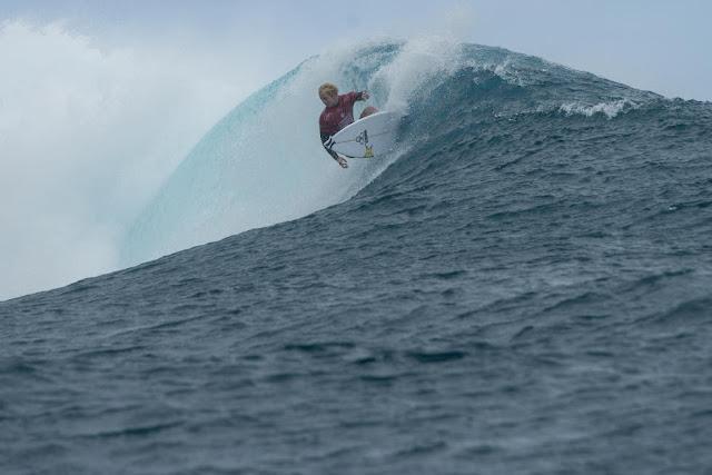 17 Nat Young Billabong Pro Tahiti Foto WSL Stephen Robertson