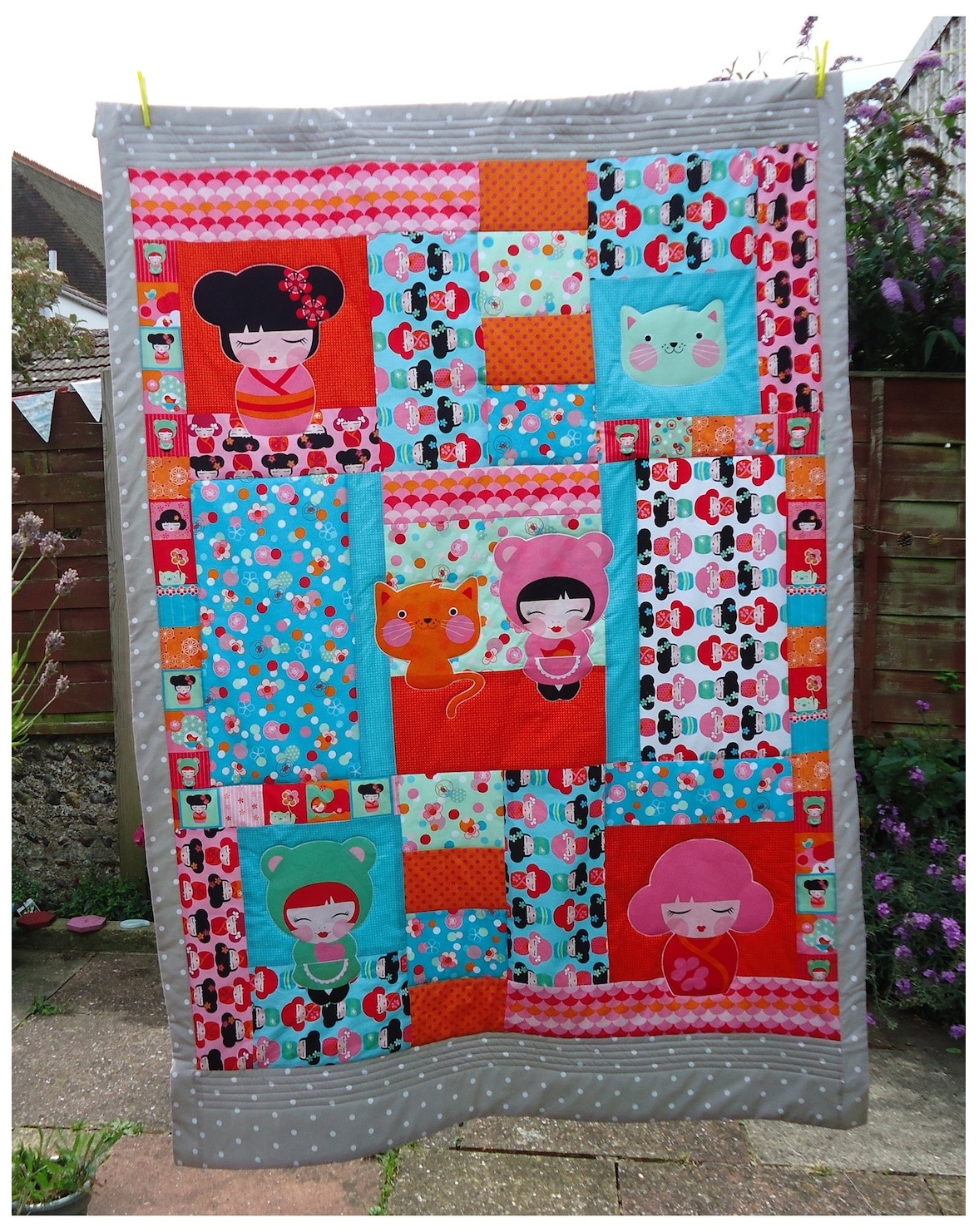 Hello Tokyo Quilt by Ivy Arch