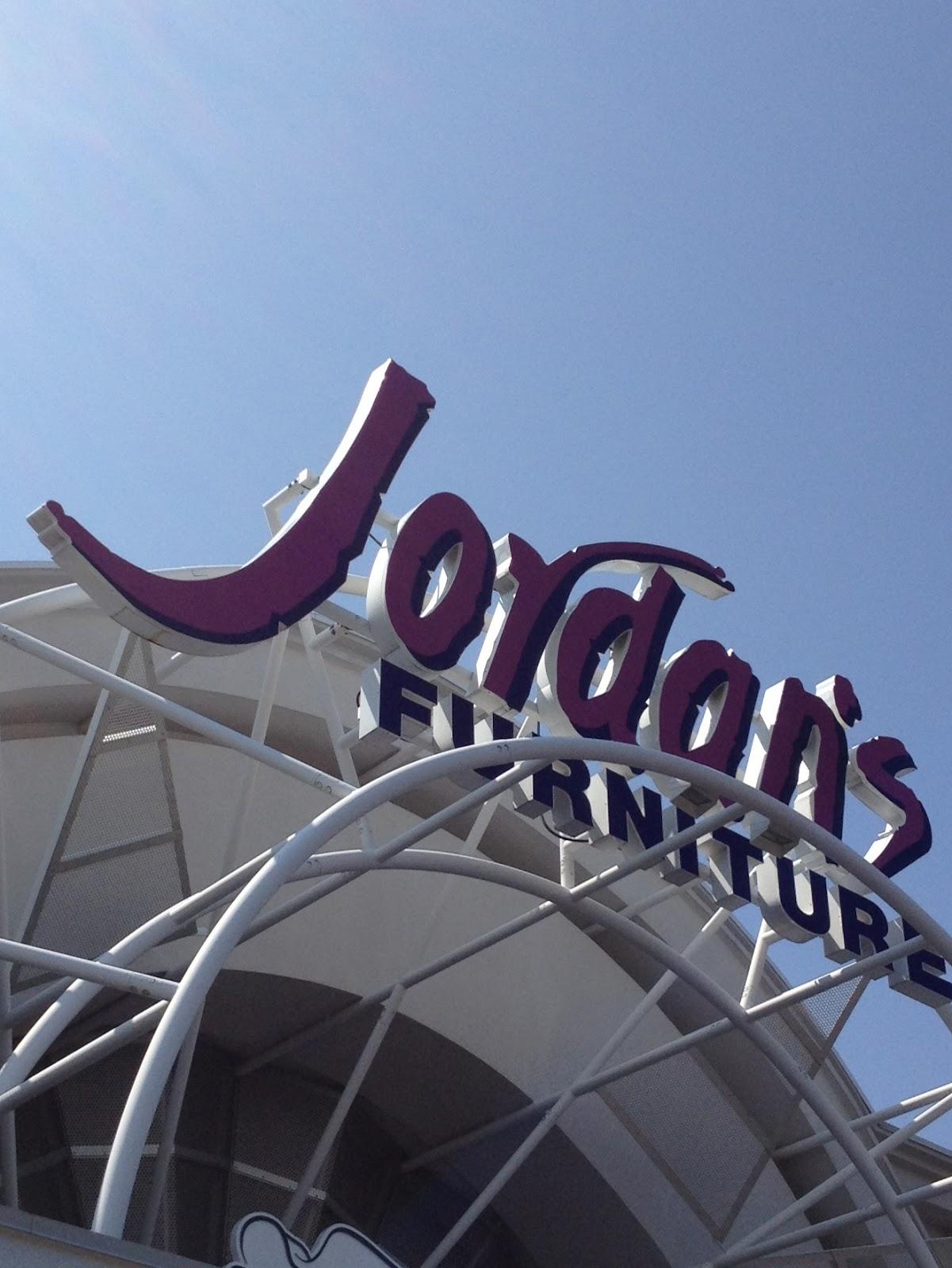 Jordan 39 S Furniture Mardi Gras Show Natick Ma 180 Out
