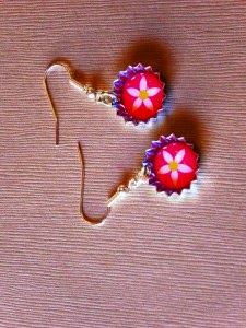 Anting-anting Rantai Bermanik Bunga