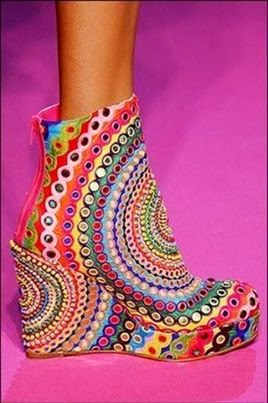 COOL Shoes...kind of like the 60's all over again