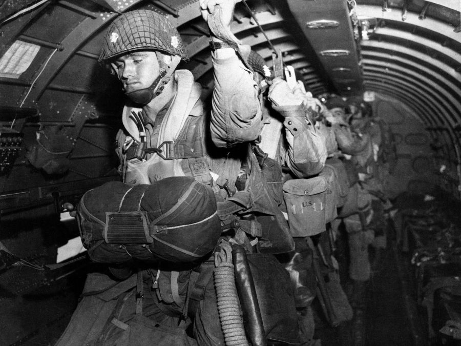 D Day Invasion Paratroopers World War II in Pictur...