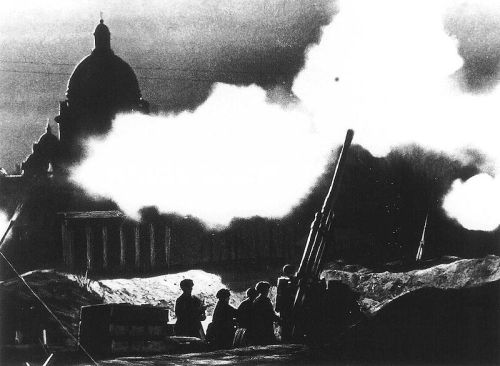 St. Isaac's Cathedral (Isaakievskiy Sobor), Leningrad World War 2 two