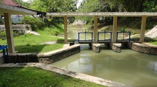 Contoh Saluran Irigasi Pengasih, Kulon Progo, Yogyakarta