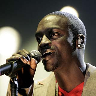 Akon  - Chasing You Lyrics | Letras | Lirik | Tekst | Text | Testo | Paroles - Source: musicjuzz.blogspot.com