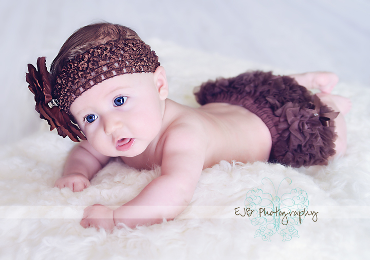 Beautiful 3 month old ms k belvidere il chicago il milestone baby girl child photo session