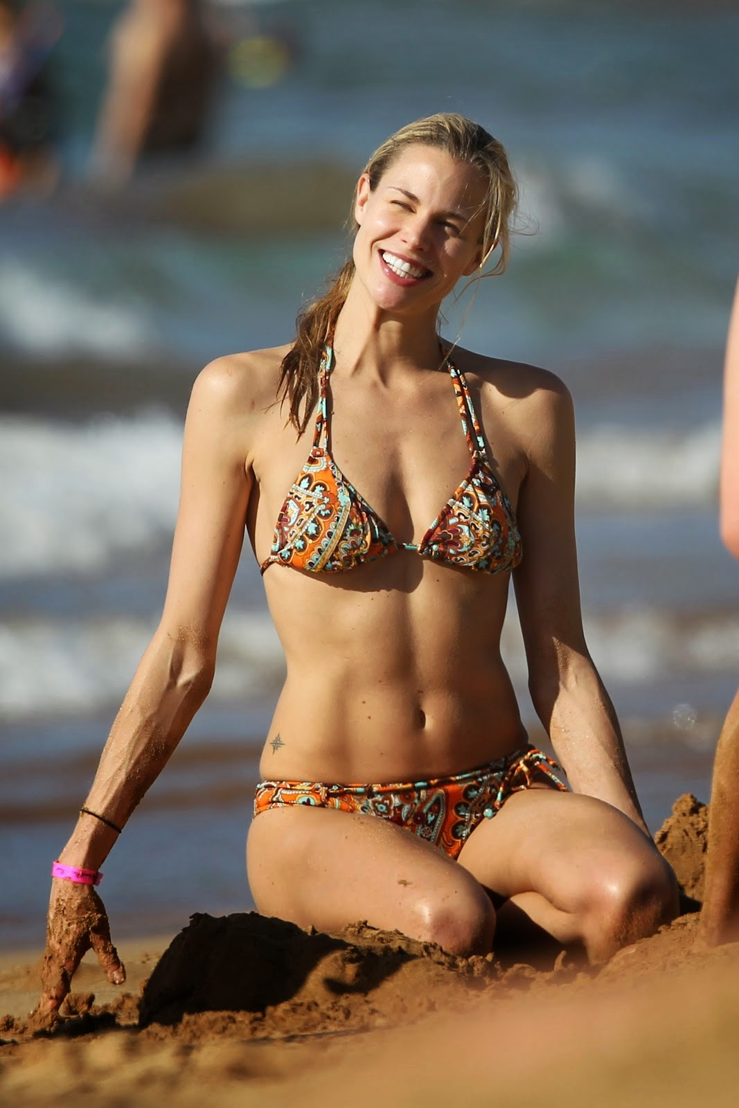 Brooke Burns Hot bikini