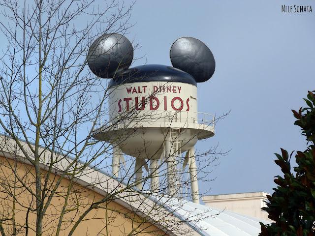 Château d'eau Disney Studio. Oreilles de Mickey.