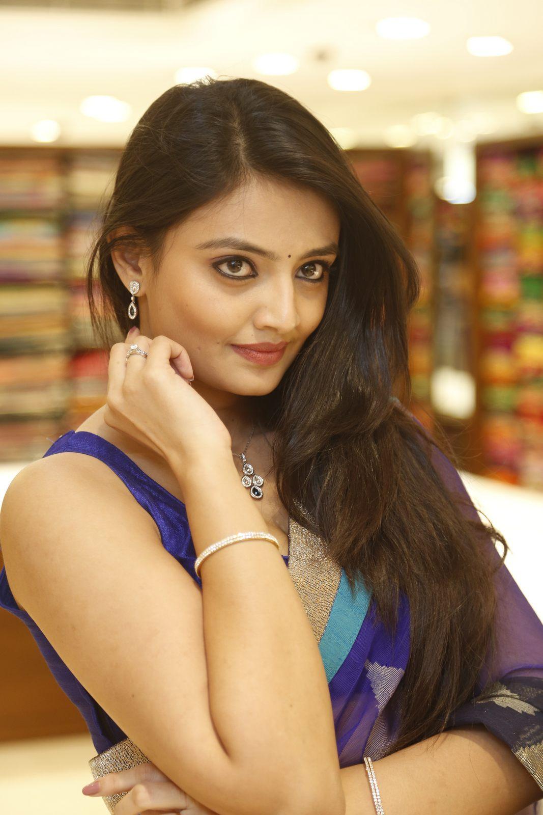 Nikita Narayan latest glam pics-HQ-Photo-12