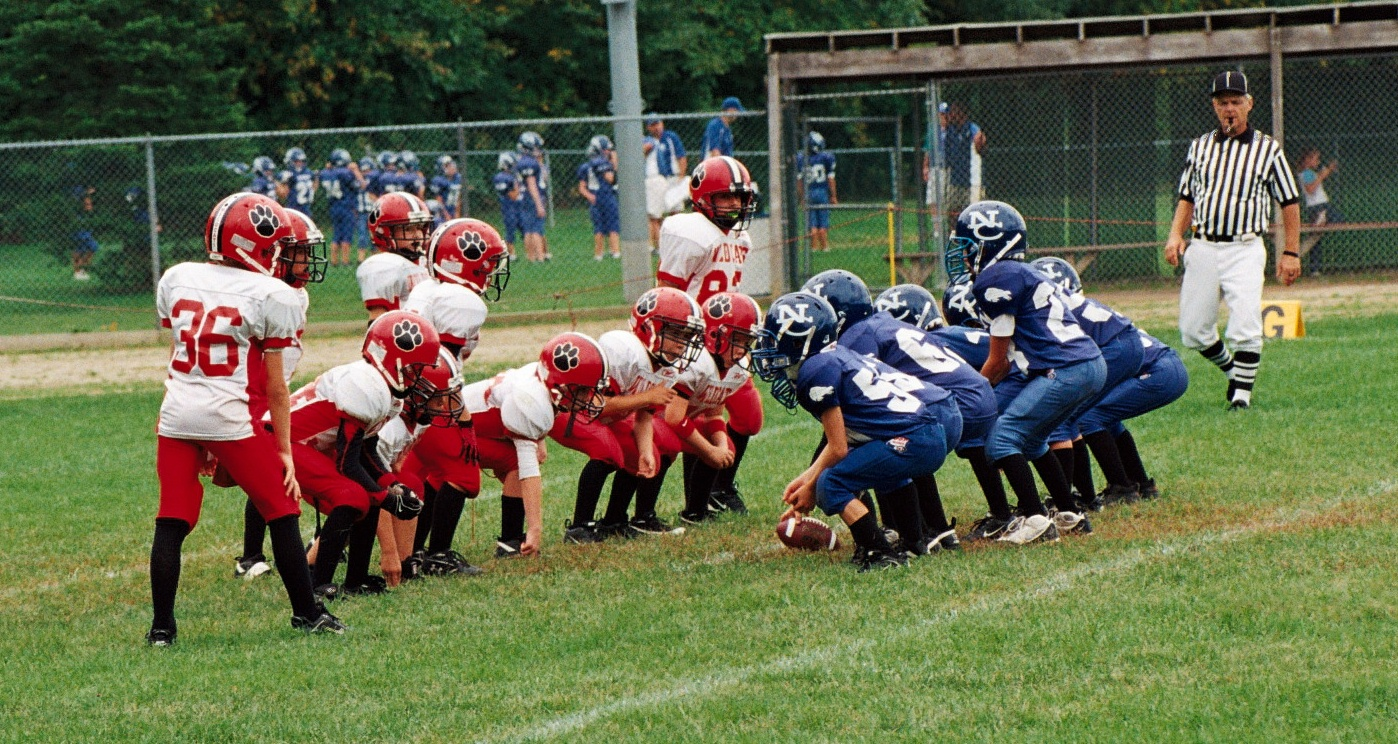 a description of playing the peewee football All roanoke county parks, recreation and tourism youth tackle football games will play in accordance with youth football rules and regulations.