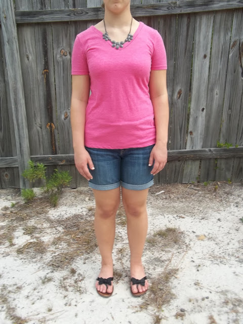 Pink tee, grey necklace, boyfriend jean shorts, black bow sandals outfit casual
