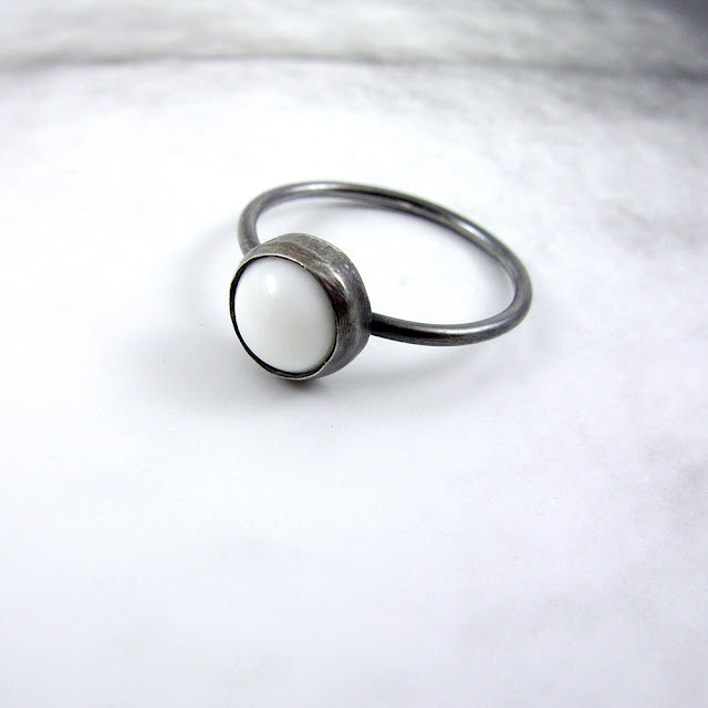 Vintage Glass Ring in Sterling Silver