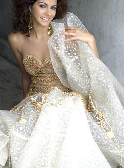 Miss Universe Blog DC: Miss Egypt 2005 - Meriam George