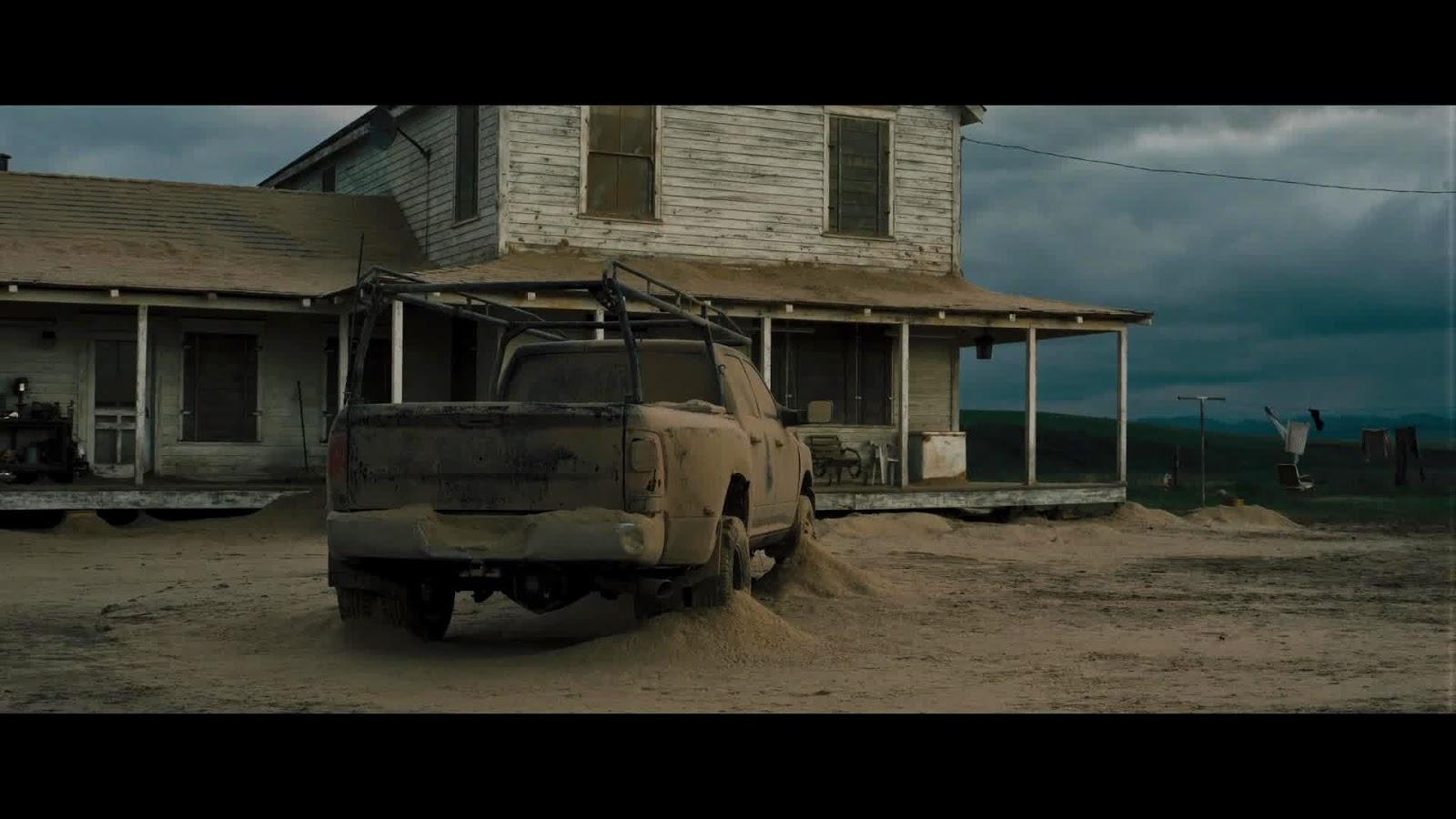 Interstellar Movie Captures on 2013 Dodge Ram 2500 4x4