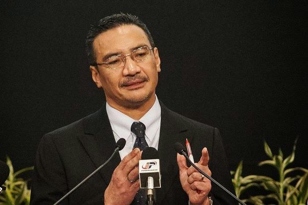 Tragedi MH370 Lonjak Kredibiliti Hishammuddin, Mungkin Pengganti Najib?