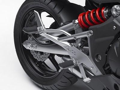 2011 Kawasaki Ninja 650R Rear Shock.jpg