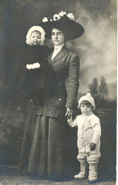 Emily Marguerite Rowe, Merrill Fisher Rowe, Catherine Burnham Rowe