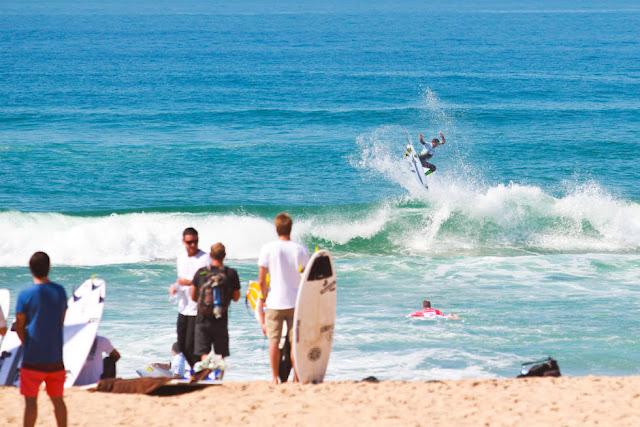 5 Michael Rodrigues BRA Allianz Billabong Pro Cascais Foto WSL Laurent Masurel