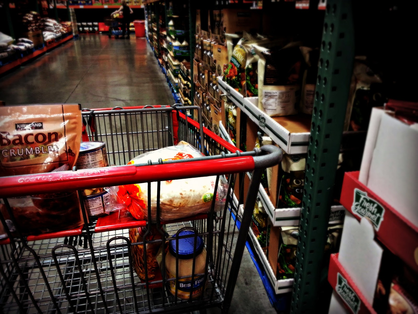 Costco Shopping Trip- Granola Bars, Canned Chicken, Humus, and More!