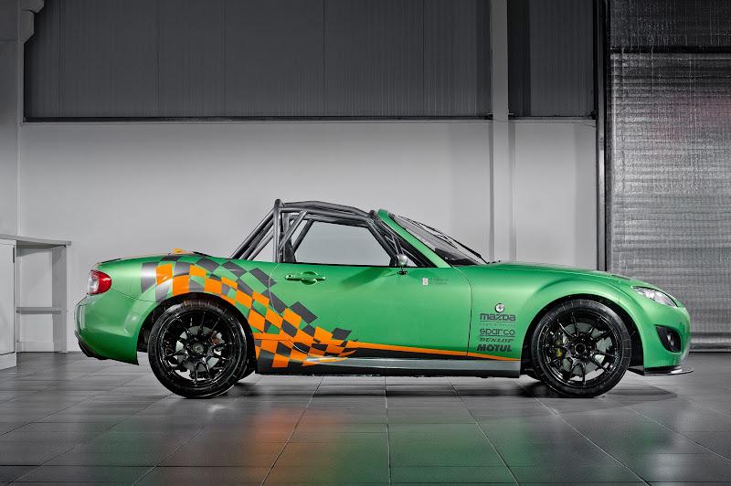 MX-5 GT Race Car 2011