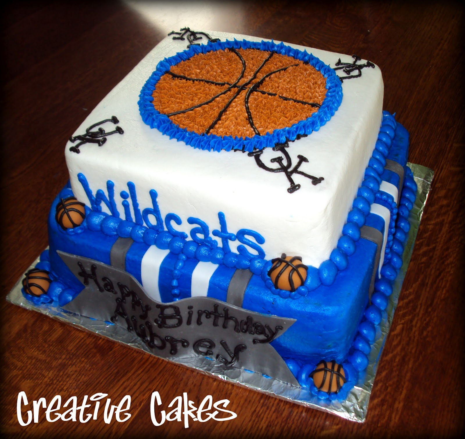 Creative Cakes: February 2012