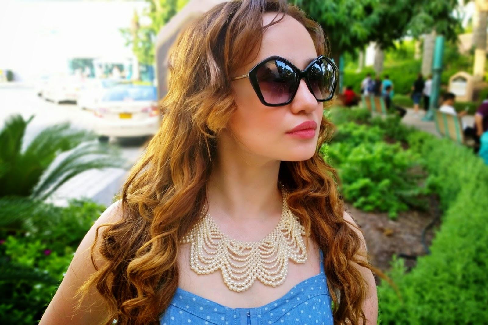 Pearl Necklace & Pentagon Retro Sunglasses