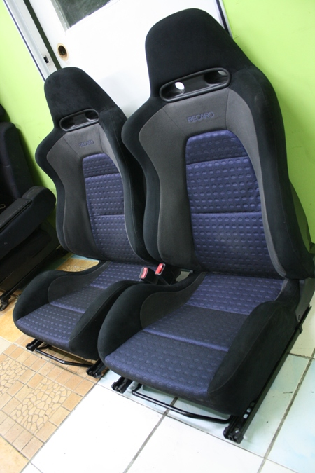 dingz garage seat recaro mitsubishi lancer evo 8. Black Bedroom Furniture Sets. Home Design Ideas