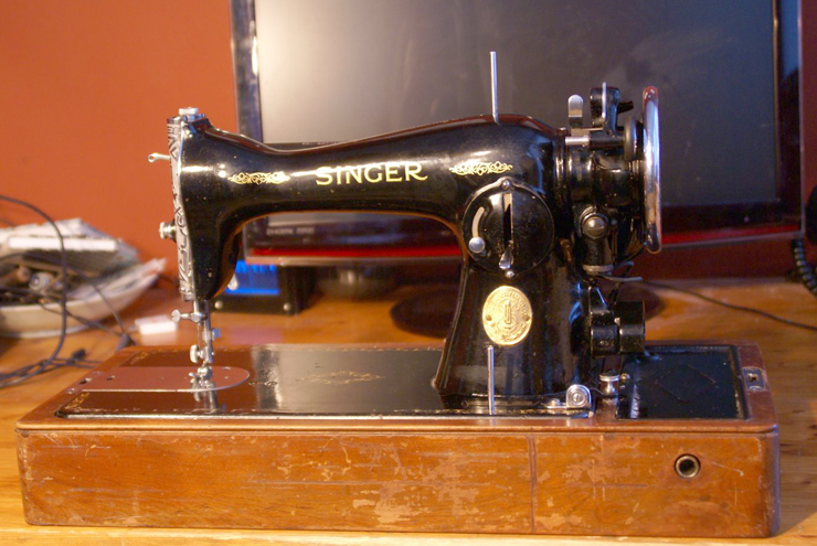 The Vintage Singer Sewing Machine Blog Reader Questions Eric's Amazing Antique Singer Sewing Machine Model 15 91