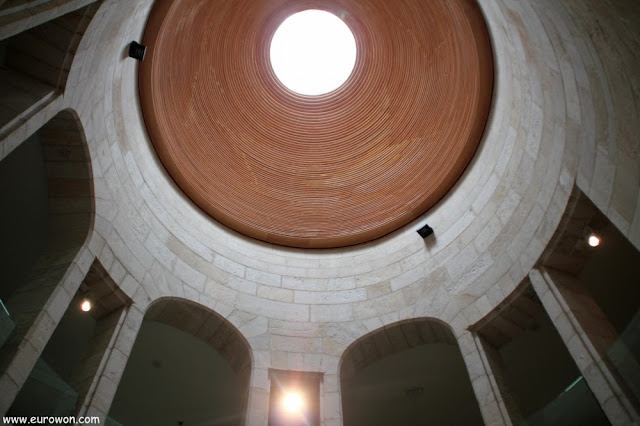 Cúpula de la antigua prisión de Vigo