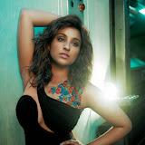 Parineeti Chopra Latest PhotoShoot  Photos (2)