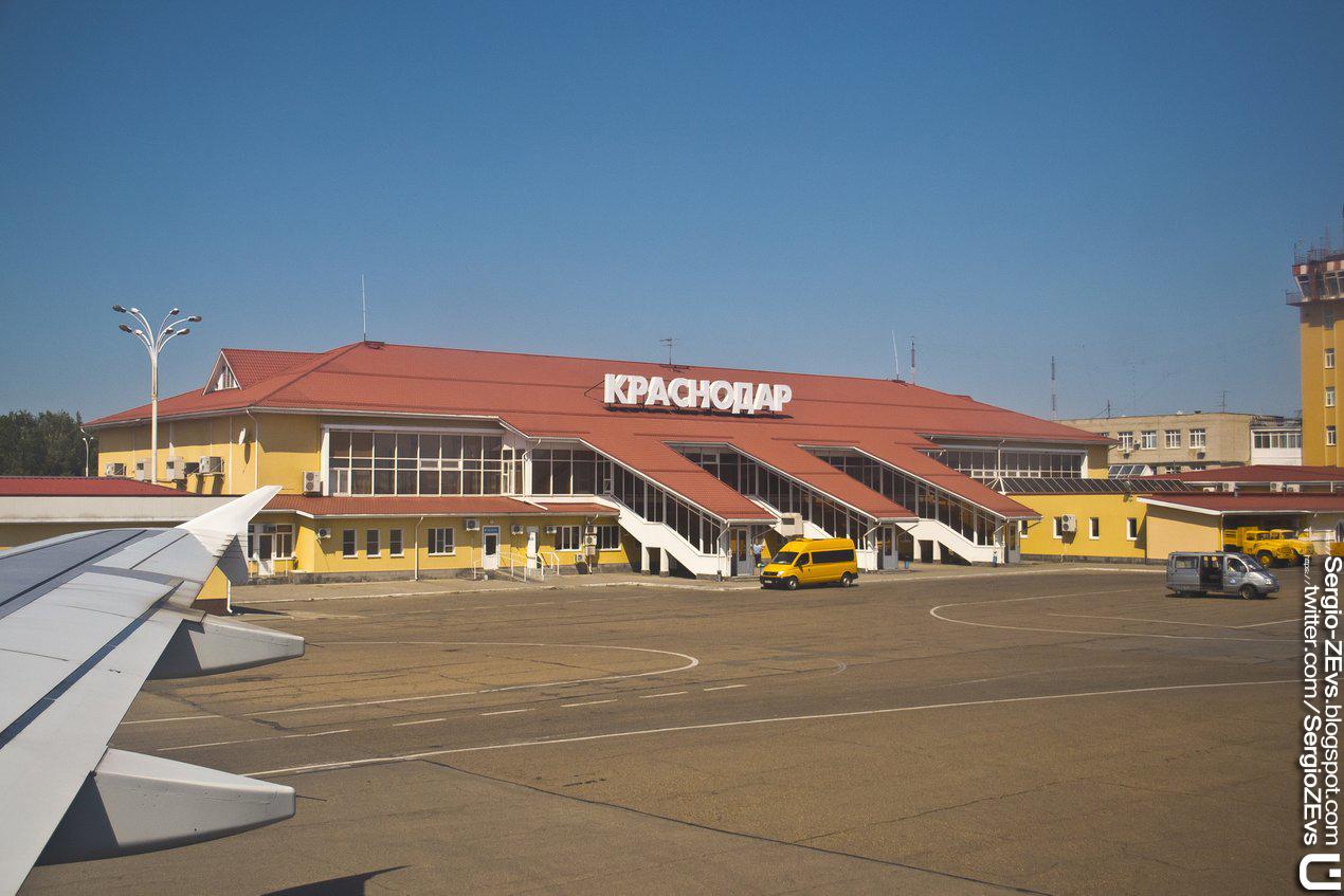 Пашковский, Аэровокзал, Самолет, прилет, внутри, аэродром, полоса, Krasnodar, Russia