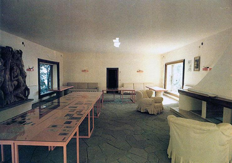 Artchist casa malaparte in capri adalberto libera for Casa malaparte interni
