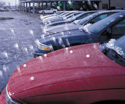 Thunderstorm, rain, hail: your car is insured?