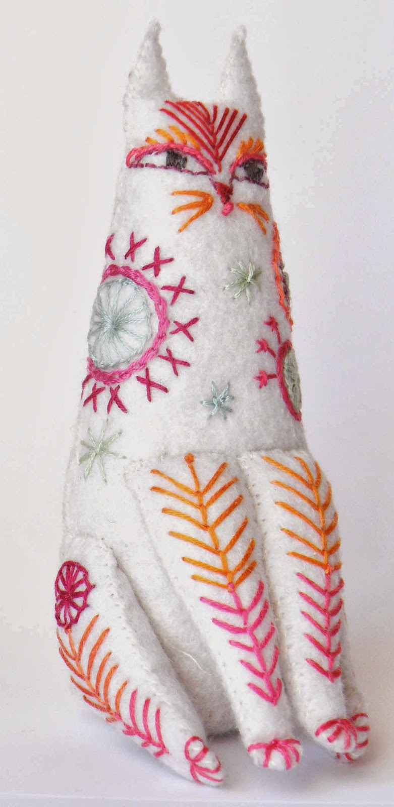 Embroidered Cat downloadable pattern