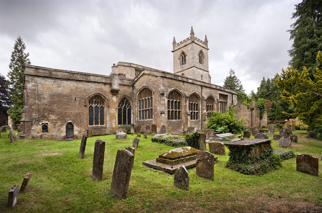 St Mary's a radition wool church at Chipping Norton by Martyn Ferry Photography