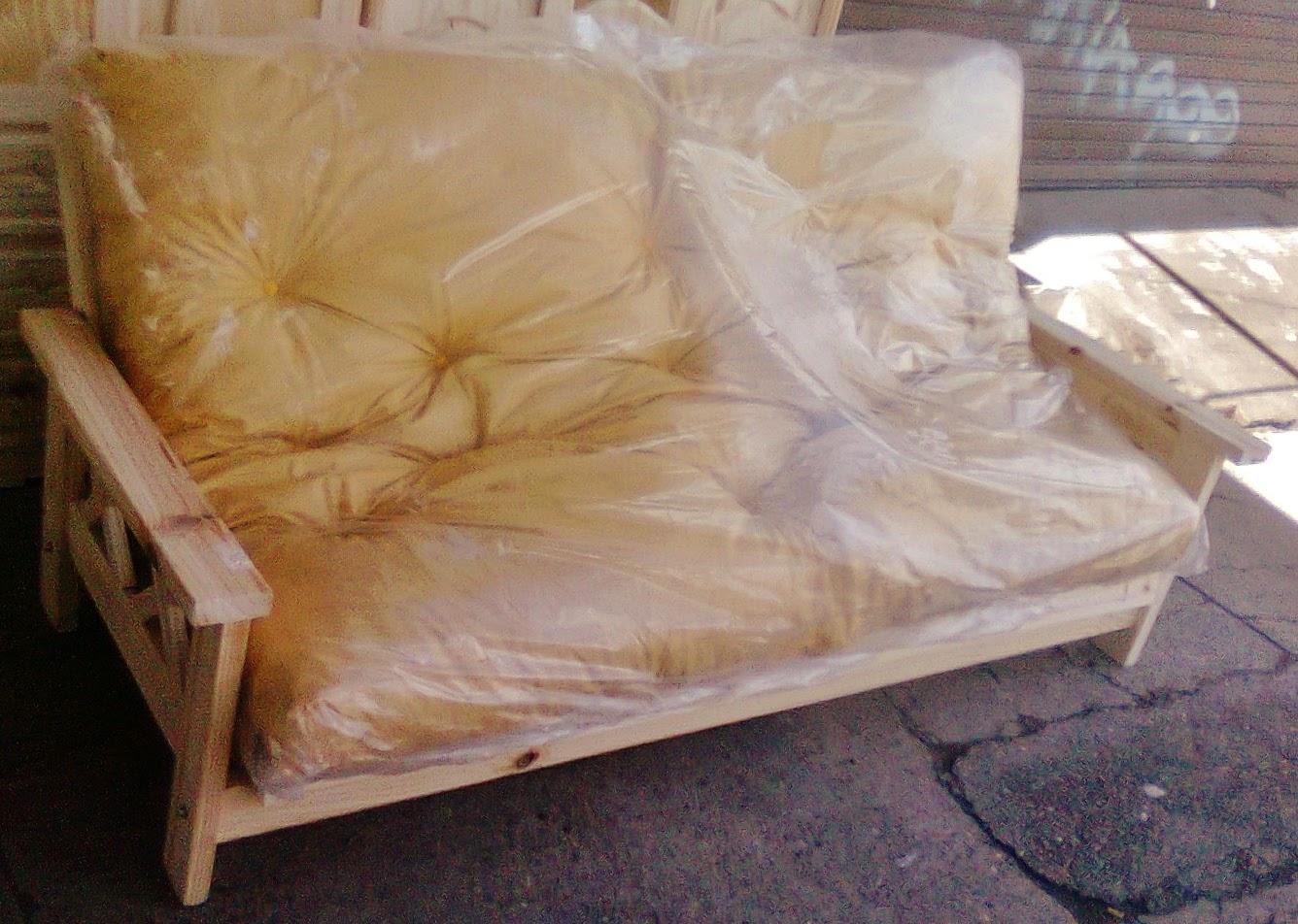 Pichon muebles futones de pino for Precio de futones