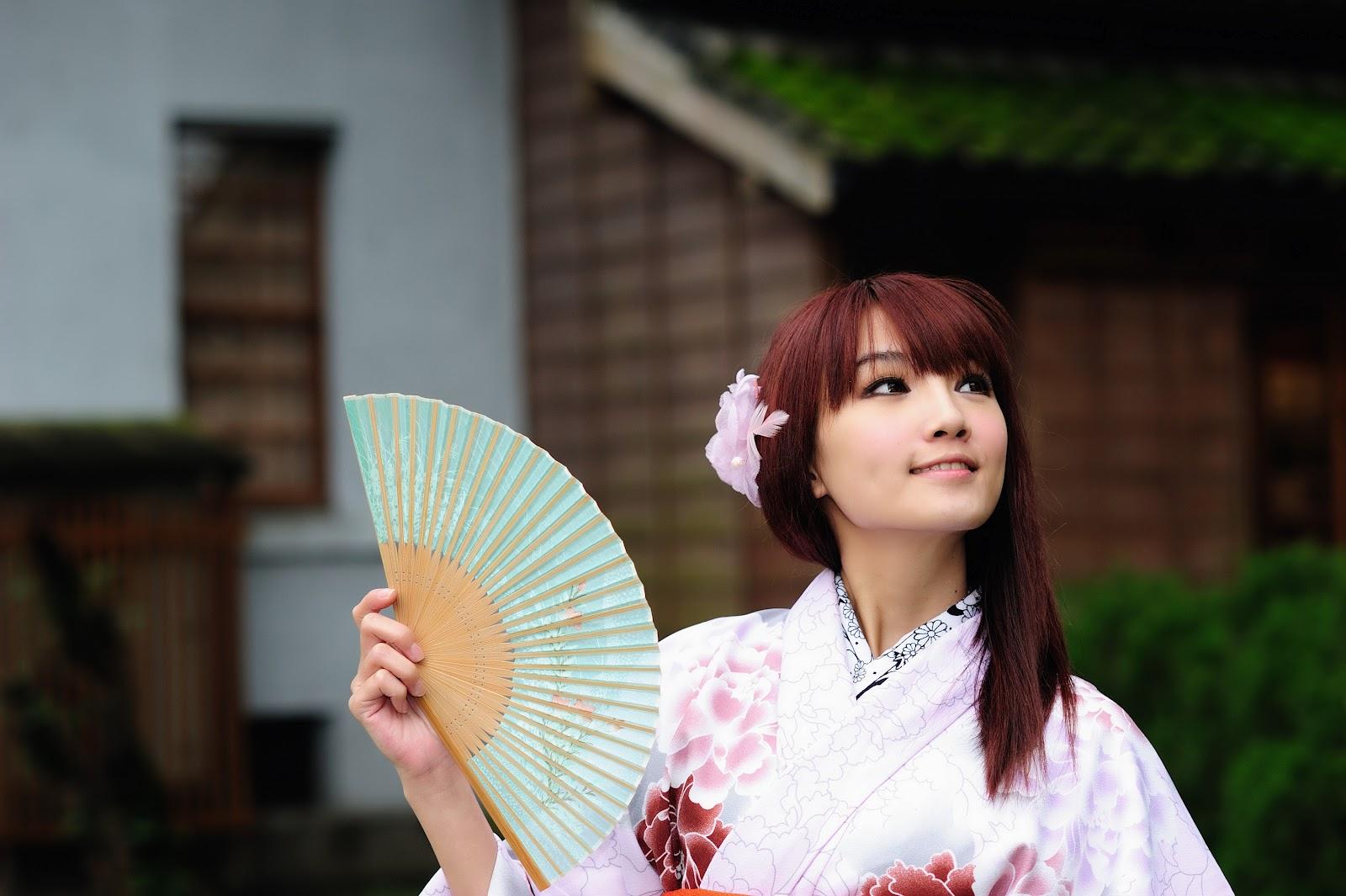 Girl In Kimono HD desktop wallpaper High Definition Fullscreen