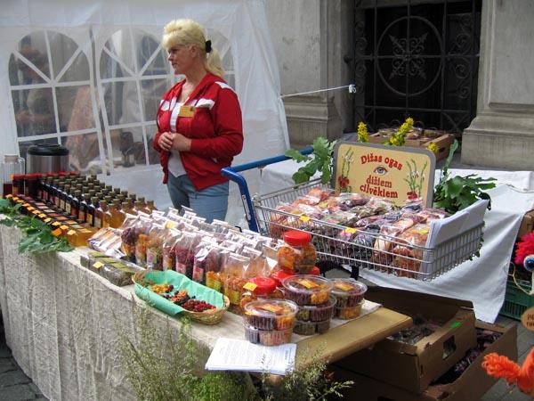 zāļu tirgus 2011