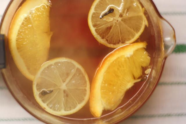rozgrzewająca herbata, herbata z pomarańczą, herbata z cytrusami