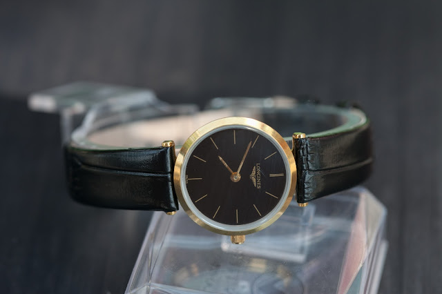 Đồng hồ đeo tay nữ dây da longines