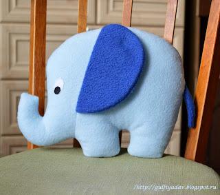 слоник-подушка