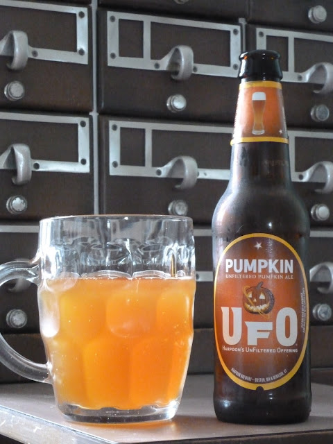 Beer Review (51): UFO Pumpkin by Harpoon Brewery