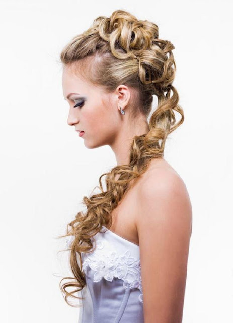 Decide The Appropriate Wedding Hairstyle