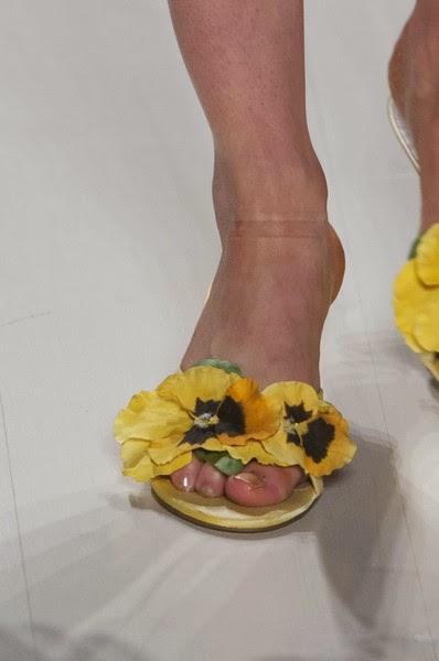 BetseyJhonson-elblogdepatricia-shoes-trendalert-uglyshoes-calzado-calzature-scarpe