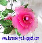 KURSUS MEMBUAT BUNGA DARI STOCKING Rp.450.000,-