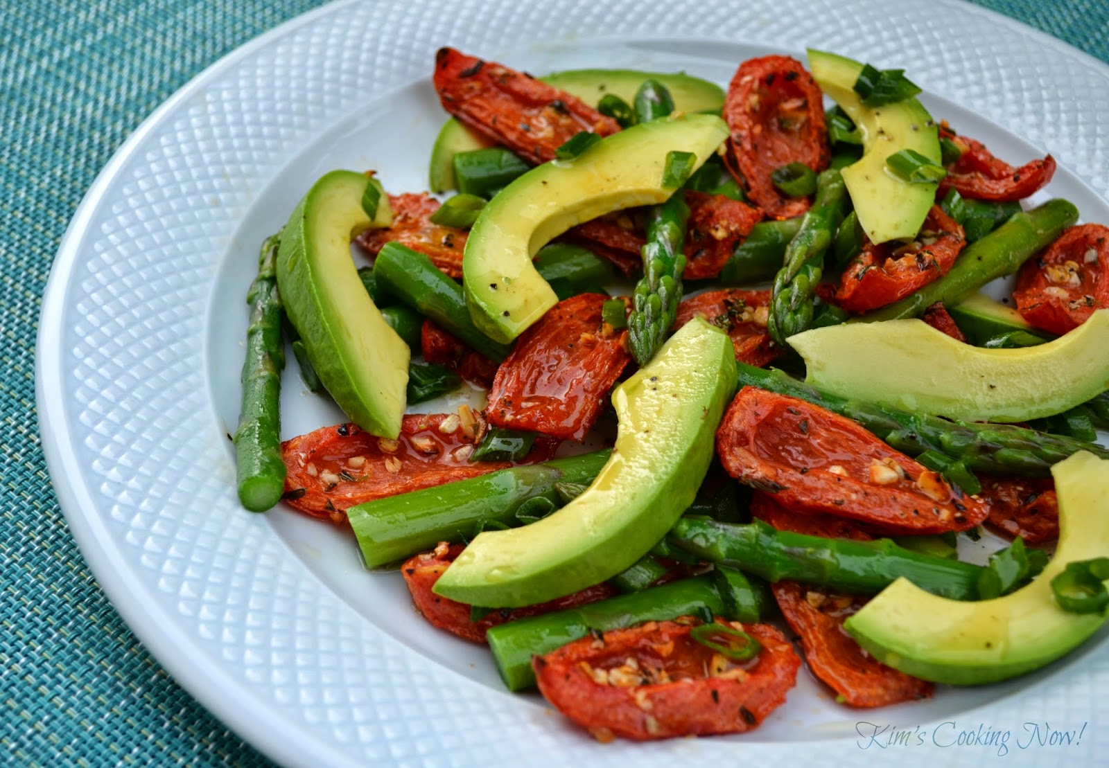 Kim's Cooking Now!: Asparagus, Avocado and Roasted Tomato Salad